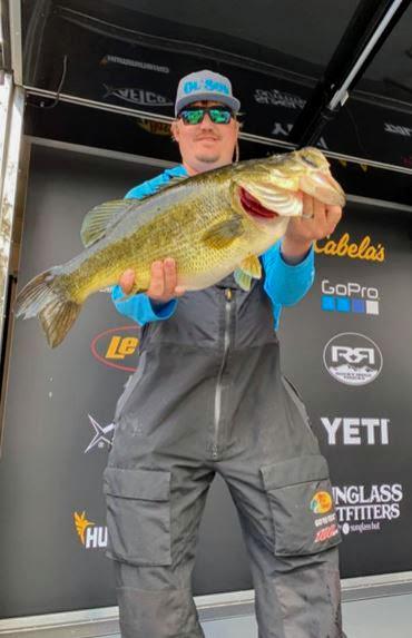 10 lbs 15 oz | Lake Harris | Lance Pemble