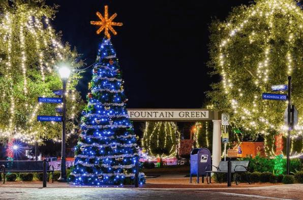 Eustis - Christmas Lights - Ferran Park