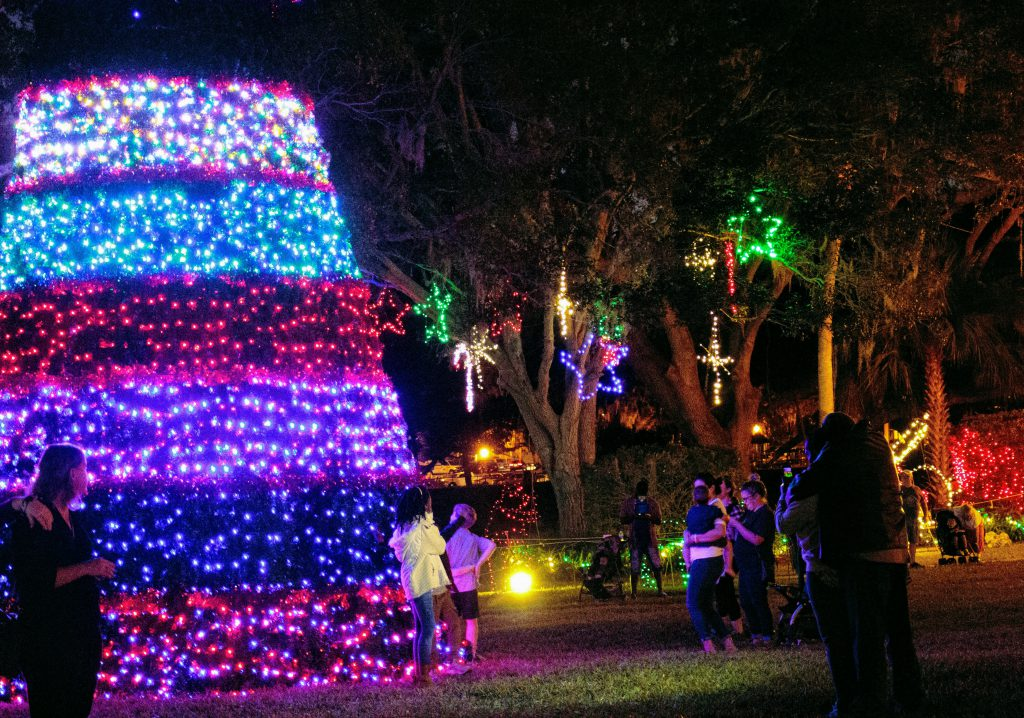 Venetian Gardens Christmas Lights Leesburg Fl 2020 Where to see holiday lights in Lake County, FL – Visit Lake – Lake