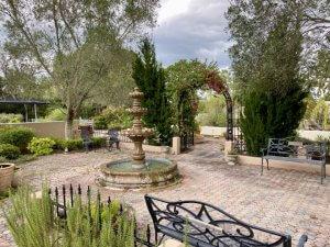 Photo of the Spanish Gardens.