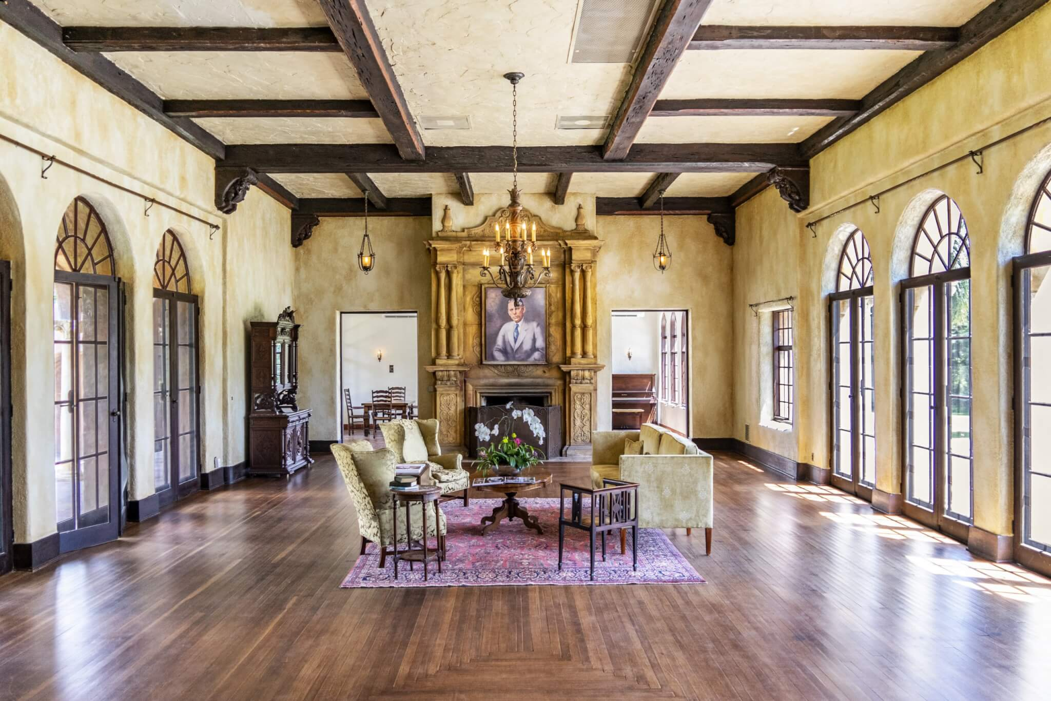Interior of Howey Mansion shows a large living room.